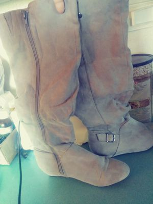 Thigh high boots , size 7 womens ... Used once and in GREAT condition for Sale in Kyle, TX