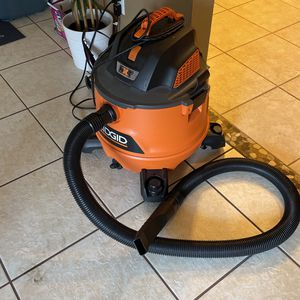 wet and dry vacuum for Sale in Kissimmee, FL