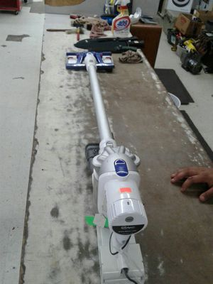 Dyson Vacuum/Wiper for Sale in Channelview, TX