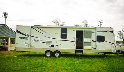 Urgent for sale.Beautiful 2008 Forest River Cherokee for Sale in Orlando,  FL