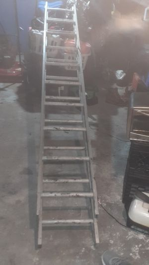EXTENSION LADDERS for Sale in East St. Louis, IL