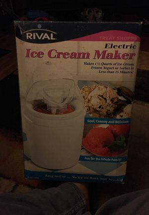 Ice Cream Maker for Sale in Columbus, OH