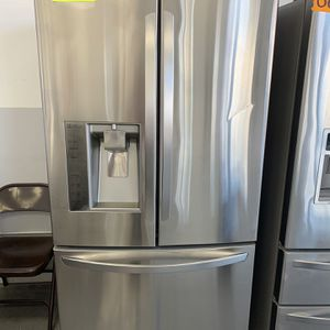 LG REFRIGERATOR for Sale in Long Beach, CA
