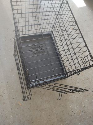 """24""""w x 20"""" Pet collapsible pet crate with divider for Sale in Eustis, FL"""