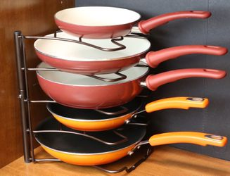 Kitchen Counter and Cabinet Pan Organizer Shelf Rack for Sale in Modesto,  CA