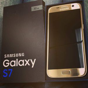 Samsung Galaxy S7, Factory Unlocked,  Excellent Condition.. for Sale in Springfield, VA