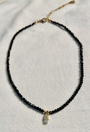 """BLACK CRYSTALS WITH GOLD TONE NECKLACE W/HAND 15"""" for Sale in Los Angeles, CA"""