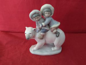 "LLADRO #5353 ""ESKIMO RIDERS"" INUIT CHILDREN FINE PORCELAIN FIGURINE IN ORIG BOX 6-1/2X5X3 for Sale in Pompano Beach, FL"