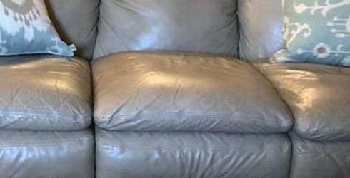 Leather Sofa for Sale in Houston,  TX