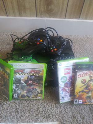 Xbox 4 games 3 remotes for Sale in Aurora, CO