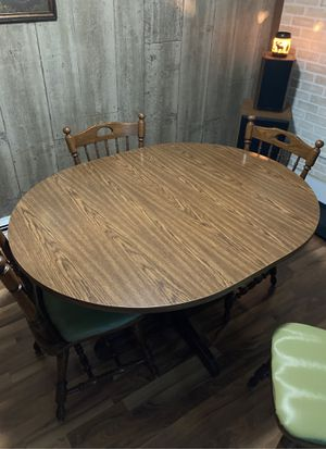 Kitchen table and chairs for Sale in Redgranite, WI