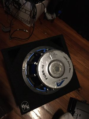 1800 watts 10 inches power acoustic for Sale in Cambridge, MA