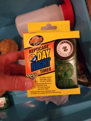 Three reptile timer outlets for Sale in Jackson Township, NJ