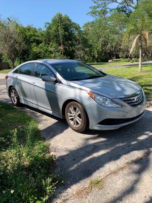 Hyundai sonata 2015 for Sale in Tampa, FL