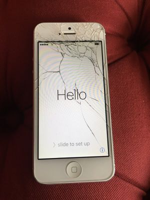 Sprint iPhone 5 white not unlocked cracked screen for Sale in Seattle, WA