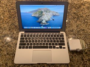 MacBook Air 11 excellent condition for Sale in Glendale, AZ