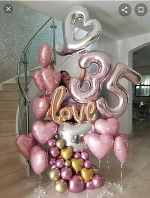 Balloons- Bouquets 💐 Birthday's , Graduation , Anyversary,, se habla español for Sale in Downey, CA
