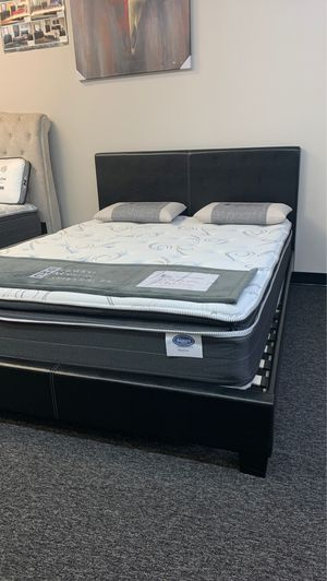 (JUST $54 DOWN) New Pillow Top Queen Mattress with 10 year warranty AND Platform bed (Financing & Delivery Available) for Sale in Carrollton, TX