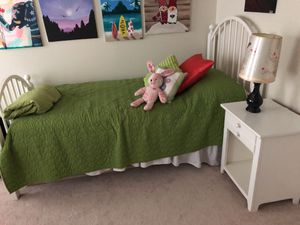 Stanley Girls Bedroom Furniture for Sale in Leesburg, VA