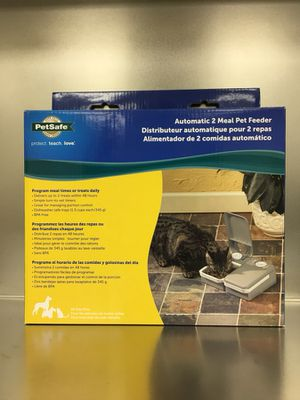 Pet Feeder Battery powered for Sale in St. Louis, MO