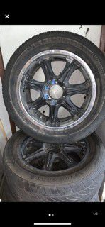 20 inch rims with good tires for Sale in Modesto, CA