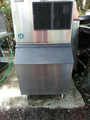 Hoshizaki Ice Machine with Bin for Sale in Tampa, FL