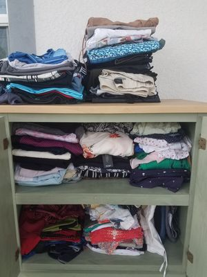 Clothes/ Ropa /vêtements - $1 each for Sale in Lehigh Acres, FL