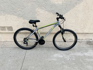 Specialized mountain bike for Sale in East Los Angeles, CA