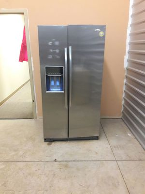 Whirlpool stainless steel side with warranty virgils preowned appliances for Sale in Hiram, GA