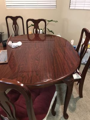 Dining table set ( 4 chairs) for Sale in Elk Grove, CA