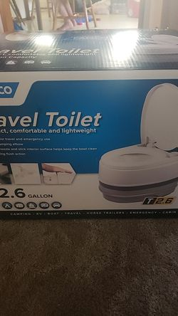 CAMCO portable toilet, perfect for camping/fishing etc for Sale in Richland,  WA