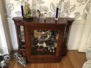 Curio cabinet with glass shelf for Sale in North Smithfield, RI