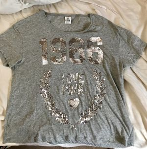 Victoria's secrets Pink size large for Sale in Smithville, MO
