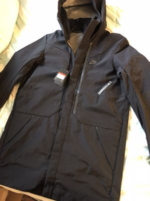 Nike tech Large tall 3/4 jacket for Sale in Los Angeles, CA