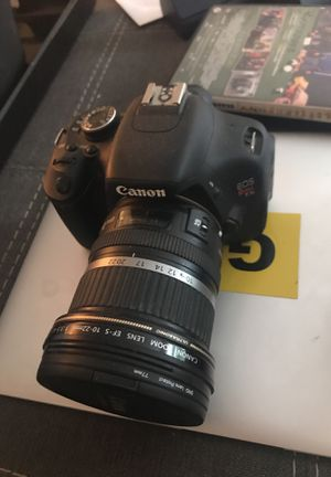 Canon rebel t3i camera and 3 lenses for Sale in Seattle, WA
