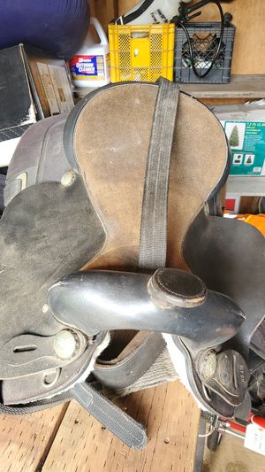 Horse saddle for Sale in Lacey, WA