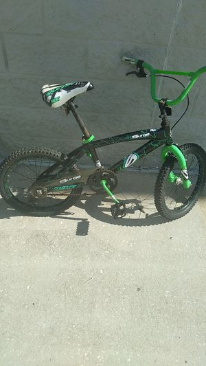 Bmx bike $12 just needs new inner tubes for Sale in Haines City, FL