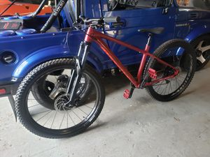 Specialized Fuse Comp, mountain bike for Sale in Kissimmee, FL