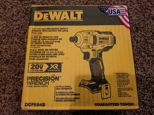 DEWALT XR 20-Volt Max 1/2-in Mid-Range Brushless Cordless Impact Wrench With Detent Pin Anvil for Sale in Modesto, CA