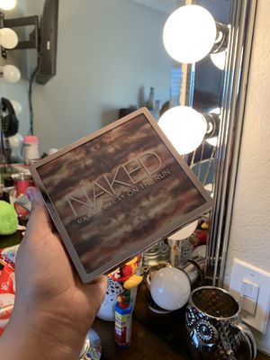 """Urban decay """"naked on the run"""" for Sale in Glendale, AZ"""