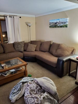 Sectional couch 3 piece for Sale in Pittsburgh, PA