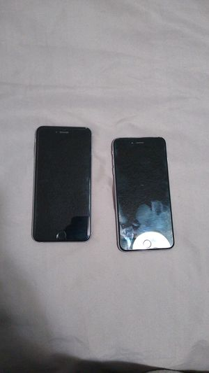 2 iPhone 6 plus *SOLD FOR PARTS ONLY* for Sale in Tucson, AZ