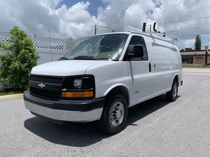 2006 Chevy express g2500 cargo van fully equipped for Sale in St.Petersburg, FL