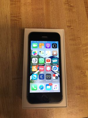 Iphone 5s 32 gb unlocked gsm cdma for Sale in Frederick, MD