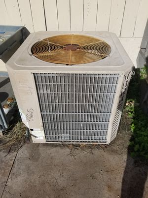 AC condenser 5 ton R22 for Sale in Highlands, TX