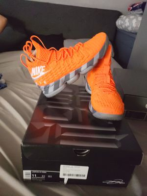 KS2A Lebron 15's Size 11 for Sale in North Providence, RI