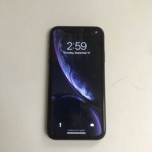 iPhone XR T-Mobile/ 64 gigs (Read Description) for Sale in Anaheim, CA