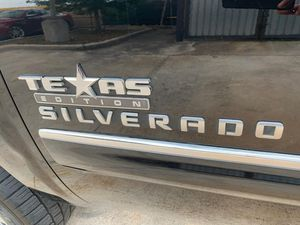 Auto parts 2013 Chevy Silverado Texas for Sale in Pearland, TX