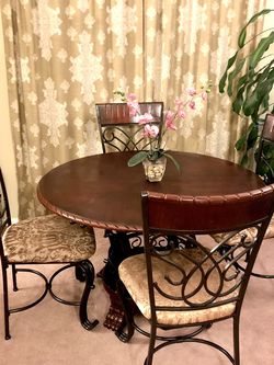 Wood And Iron Dining Set for Sale in Damascus,  OR