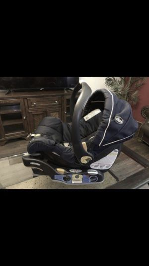 Car seat chicco blue for Sale in Bakersfield, CA